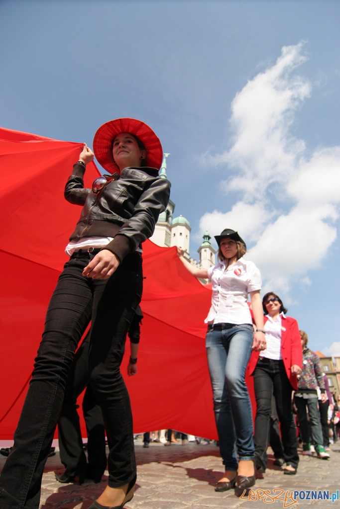 Dzień flagi - 2.05.2010 r.  Foto: Piotr Rychter