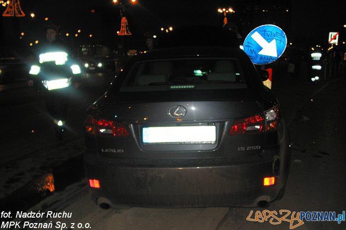 Wypadek na Moście Uniwersyteckim  Foto: