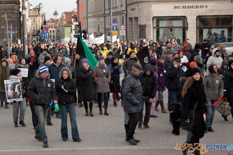 Marsz (NIE) Milczenia w obronie praw zwierz¹t - 13.02.2011 r.>  Foto: LepszyPOZNAN.pl / Pawe³ Rychter