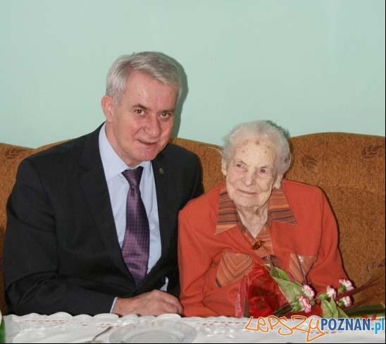 sto-trzecie urodziny mieszkanki Czerwonaka  Foto: