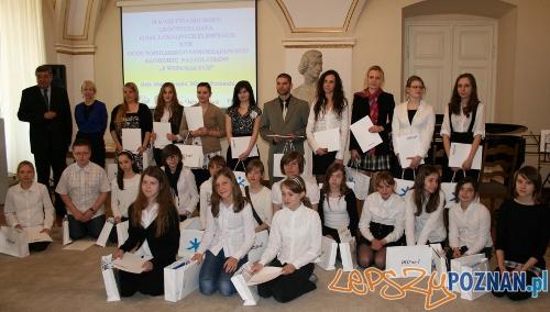 Laureaci konkursu OŚMIU WSPANIAŁYCH  Foto: UM Poznania