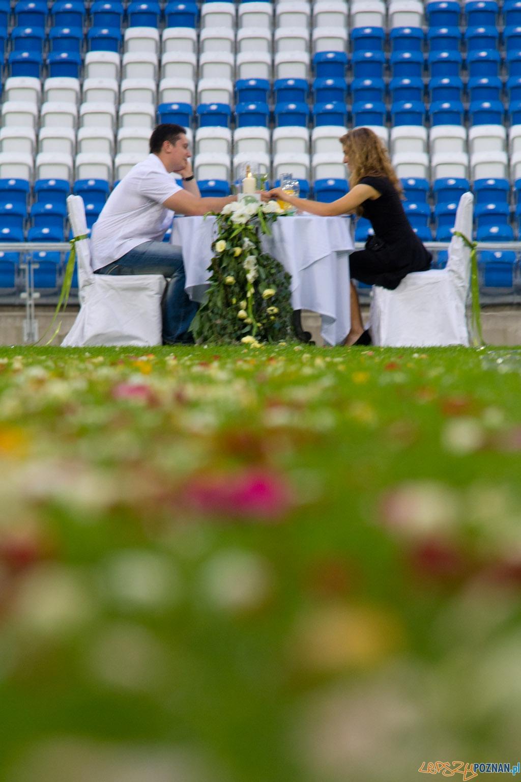 Kolacja na Stadionie Miejskim - 12.07.2011 r.  Foto: lepszyPOZNAN.pl / Piotr Rychter