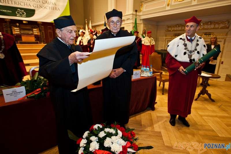 Honorowy doktorat UEP dla Hansa Dietricha Genschera  Foto: materialy prasowe UEP