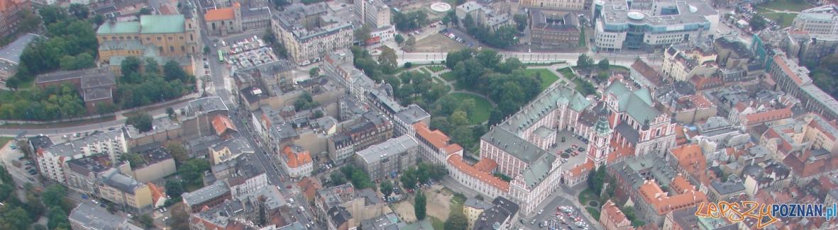 panorama plac kolegiacki  Foto: lepszyPOZNAN.pl / ag