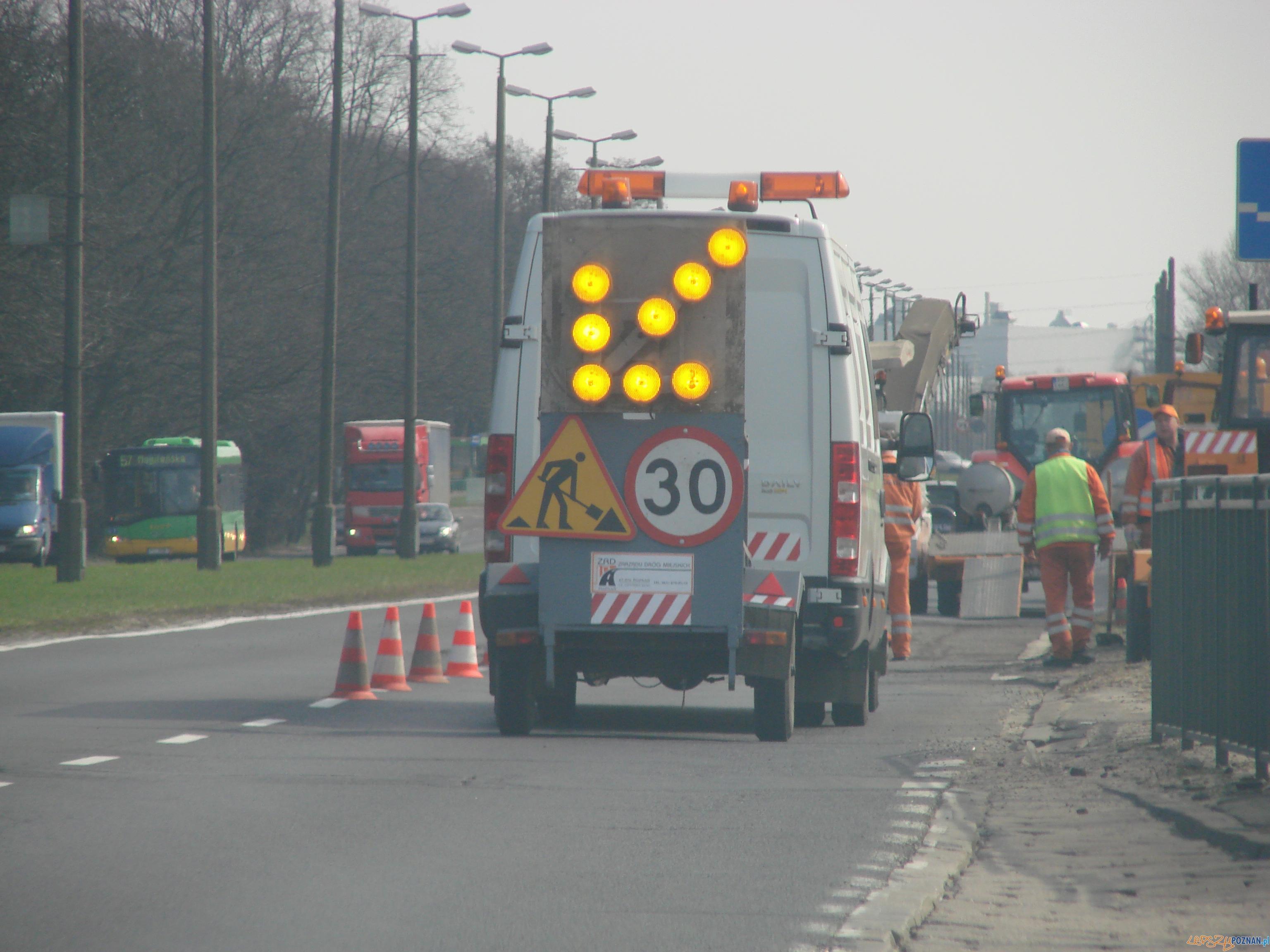 remonty, budowy - jeździmy wolno, albo wcale...  Foto: lepszyPOZNAN.pl / ag