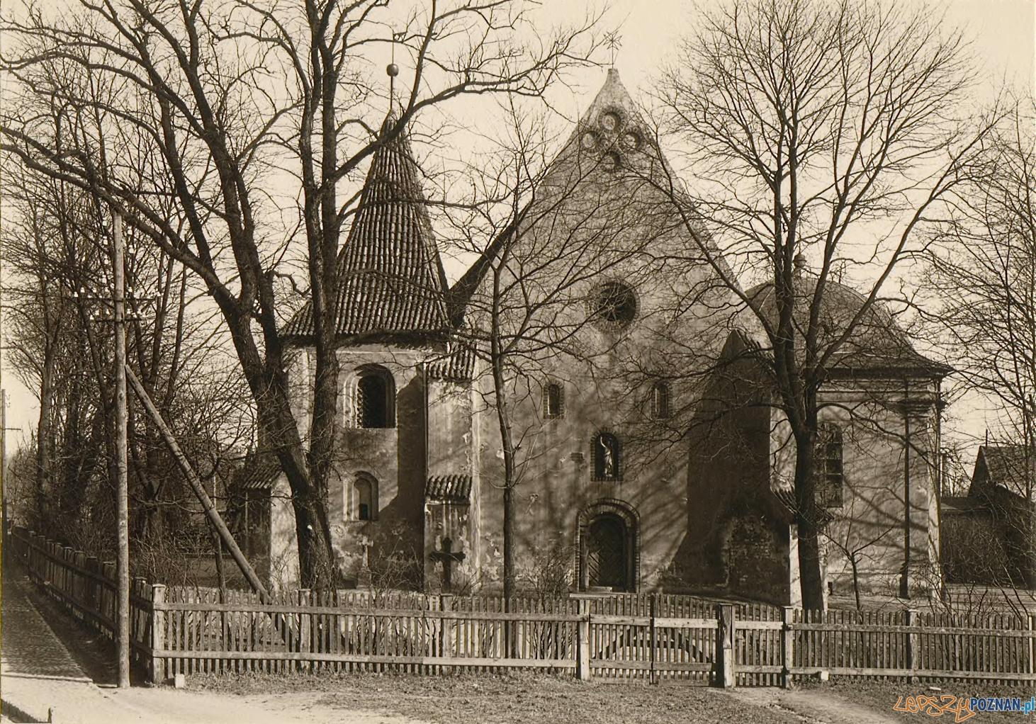 Kościół św. Jana Jerozolimskiego za murami, zdjęcie z roku 1927  Foto: fotopolska.eu