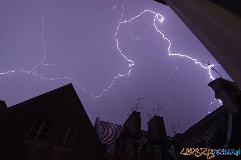 Burza z piorunami - Poznań 07.07.2012 r.  Foto: lepszyPOZNAN.pl / Paweł Rychter