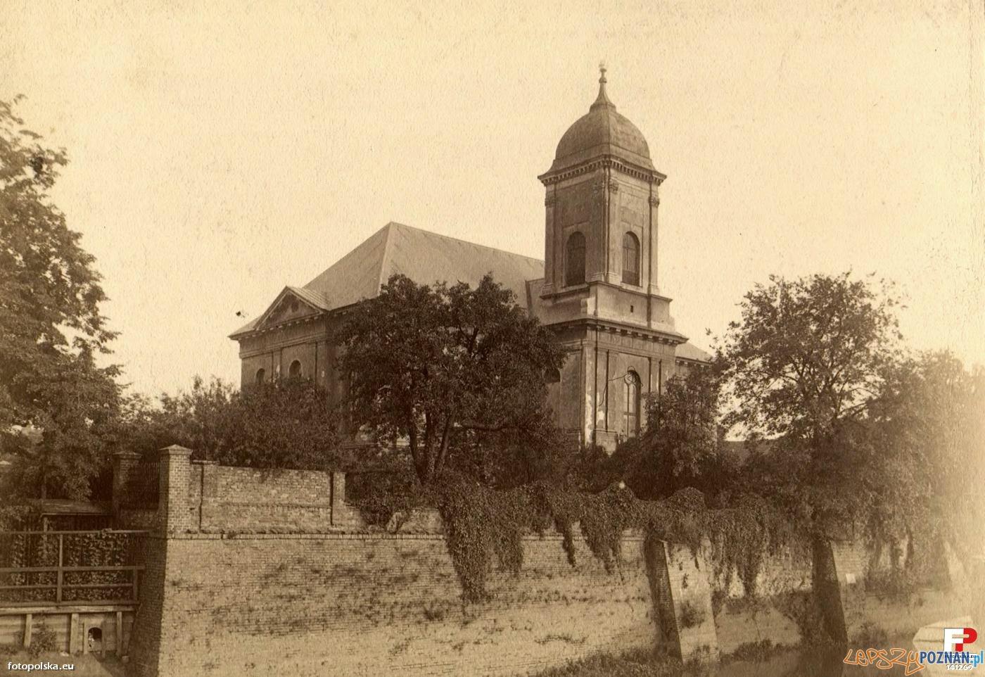 Kościół Wszystkich Świętych na Grobli, około 1880 roku  Foto: fotopolska.eu