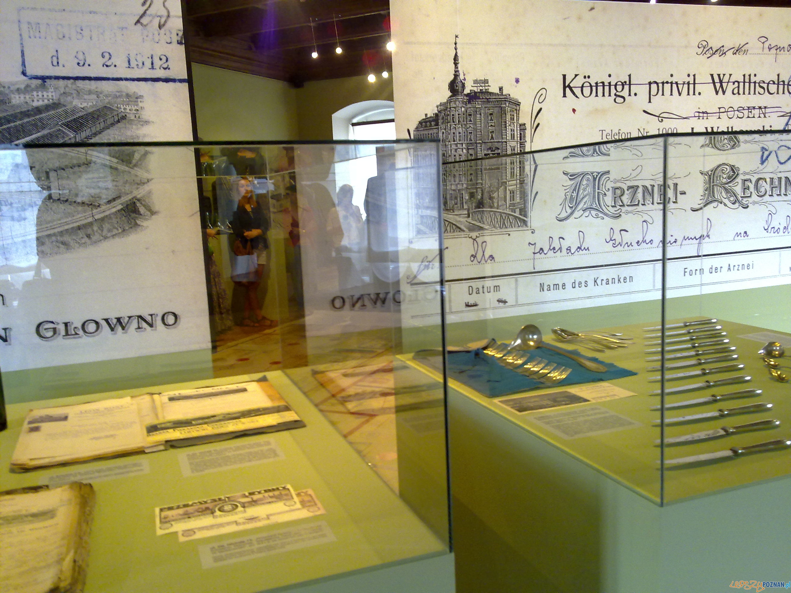 Miejska ikonosfera na drukach reklamowych, konferencja prasowa (2)  Foto: TEDE