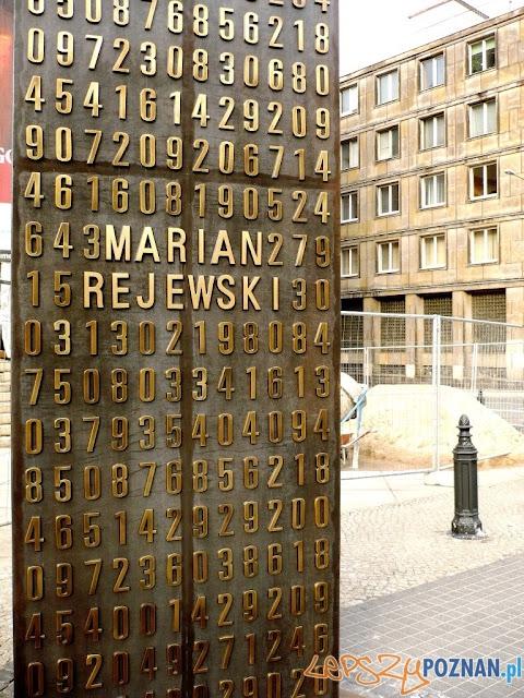 Pomnik Enigmy pod poznańskim Zamkiem  Foto: http://fotopoznan.blogspot.com/
