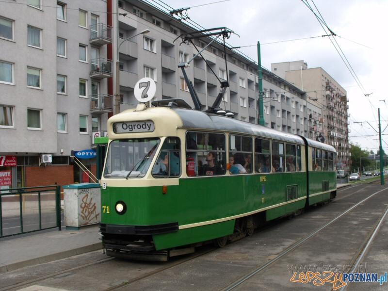 tramwaj linii 7  Foto: lazarz.pl