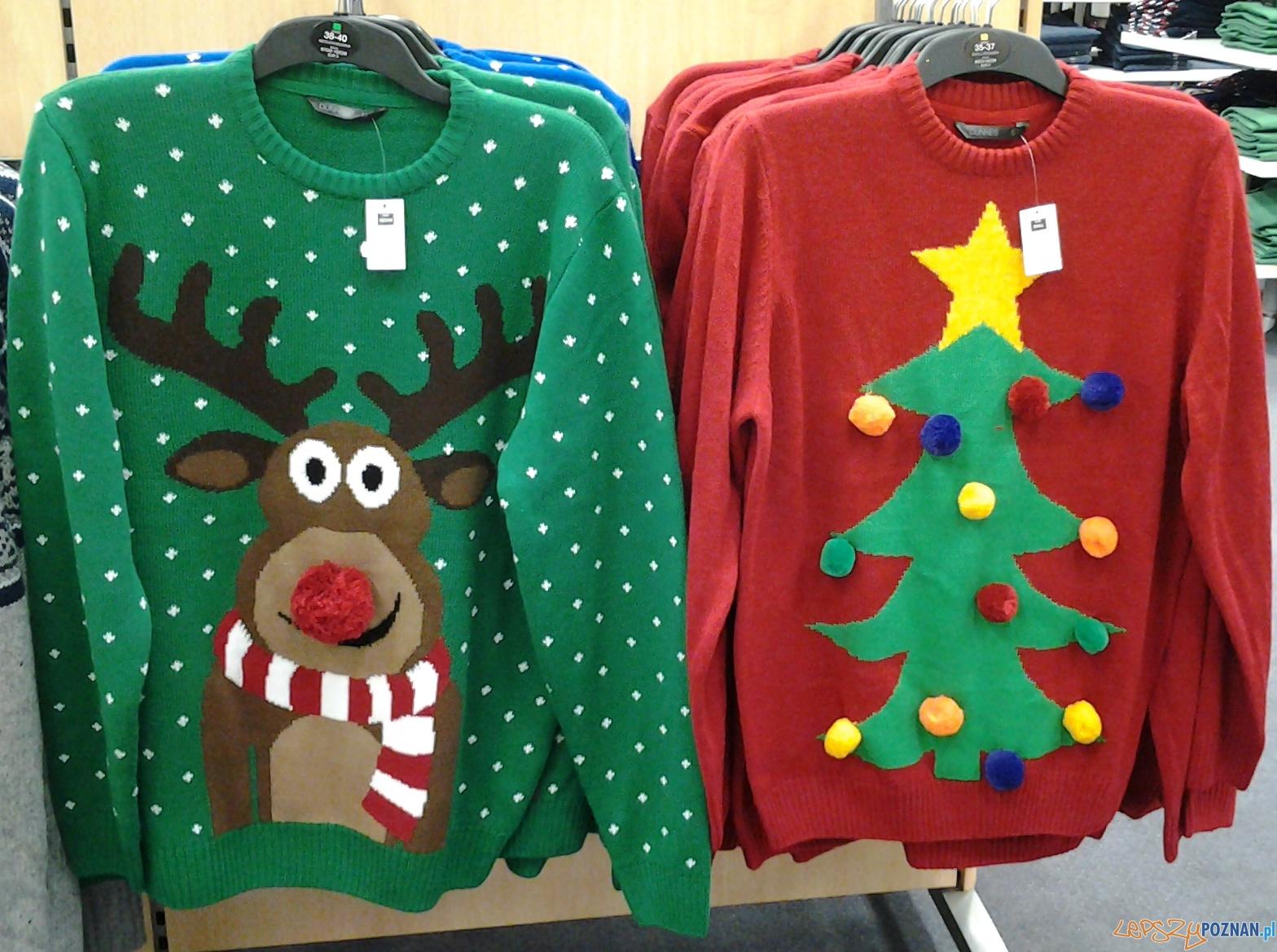 sweter z reniferem  Foto: lepszyPOZNAN.pl / tab