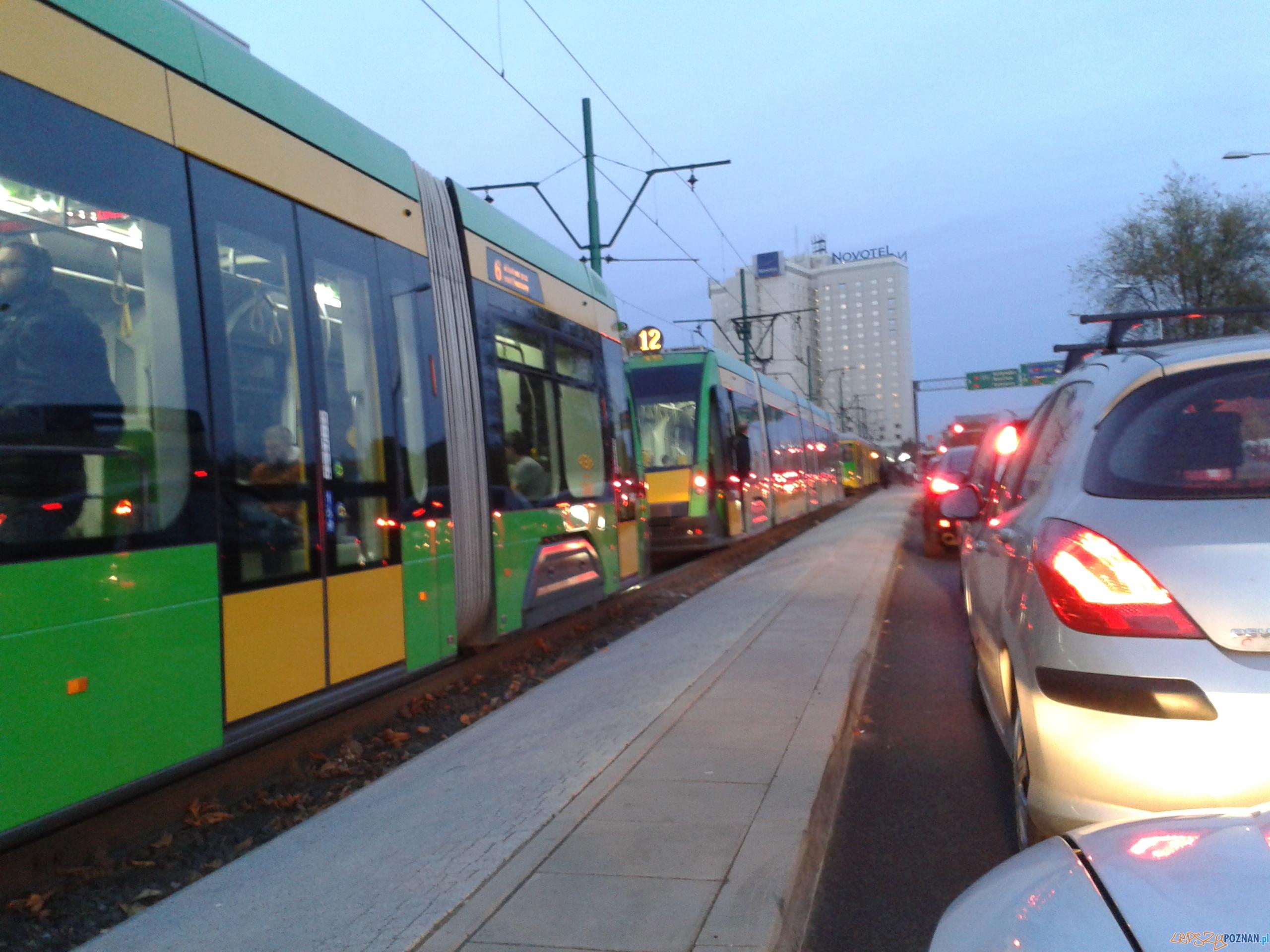 Wstrzymanie ruchu na Matyi  Foto: lepszyPOZNAN.pl / mobile