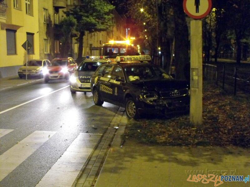 Wypadek na Hetmańskiej  Foto: lazarz.pl / Janusz Ludwiczak