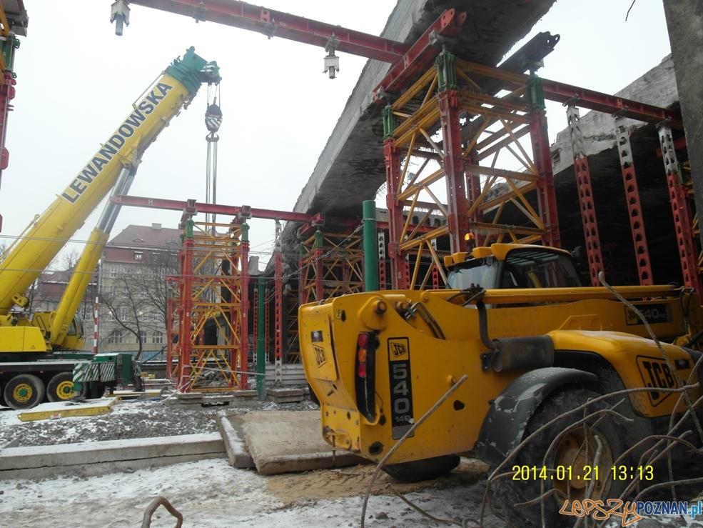 Prace przy moście uniwersyteckim  Foto: ZDM