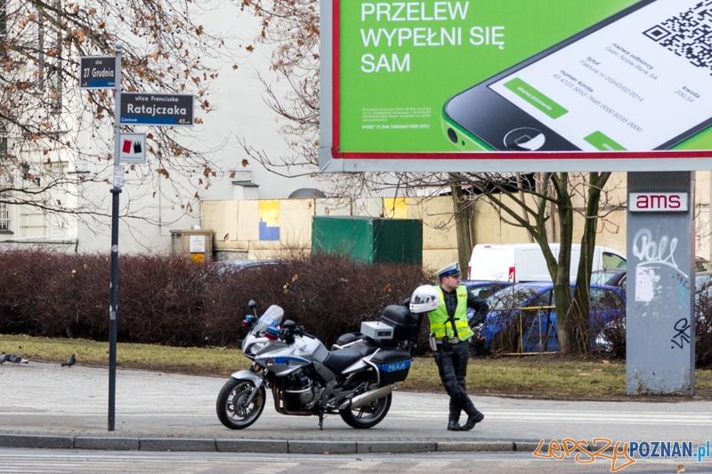 Policjant w pracy  Foto: lepszyPOZNAN.pl / Piotr Rychter