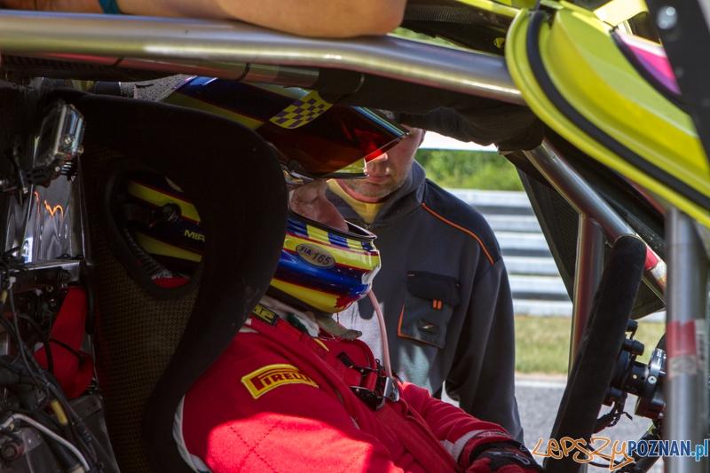 Wyścigi samochodowe na Torze Poznań - Poznań 13-15.06.2014 r.  Foto: LepszyPOZNAN.pl / Paweł Rychter