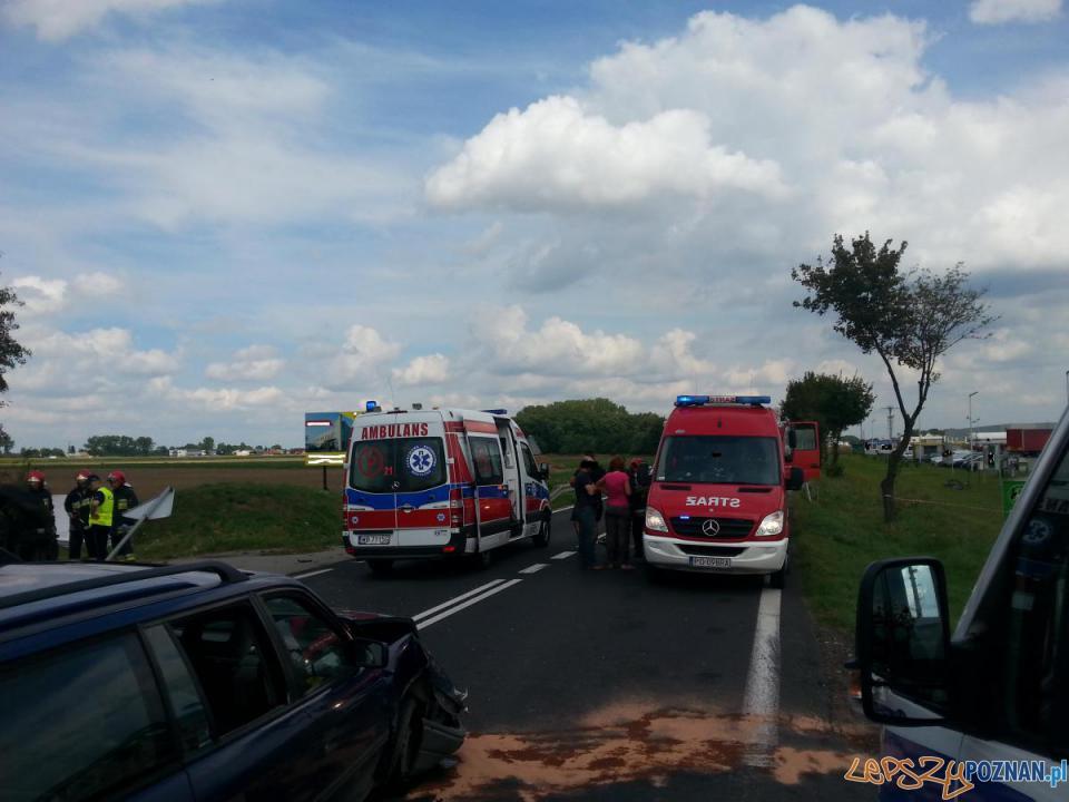 Wypadek w Nieprószewie  Foto: JRG4 Poznań