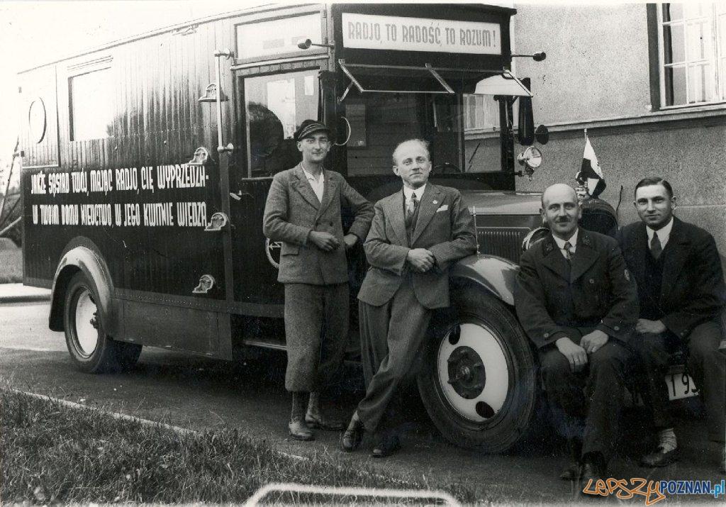 Przedwojenny wóz radiowy - Radja Poznańskiego  Foto: Archiwum Radia Markury