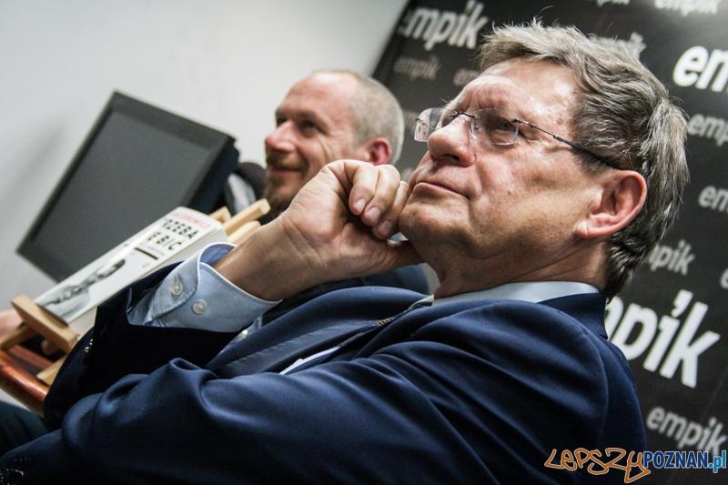 Spotkanie z Leszkiem Balcerowiczem (6.11.2014) Empik  Foto: © LepszyPOZNAN.pl / Karolina Kiraga
