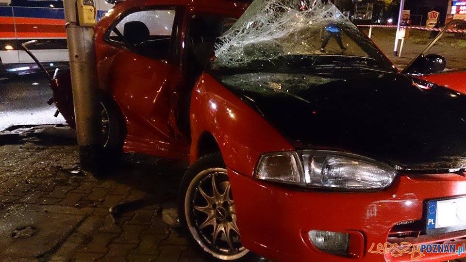 Nocny wypadek na ul. Bałtyckiej  Foto: JRG 1