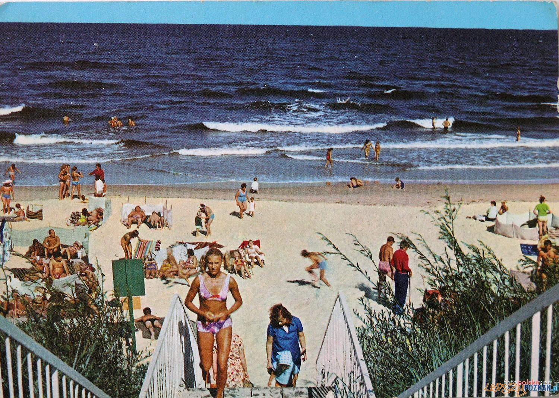Plaża w Mrzeżynie 1975 - 1980 rok  Foto: fotopolska