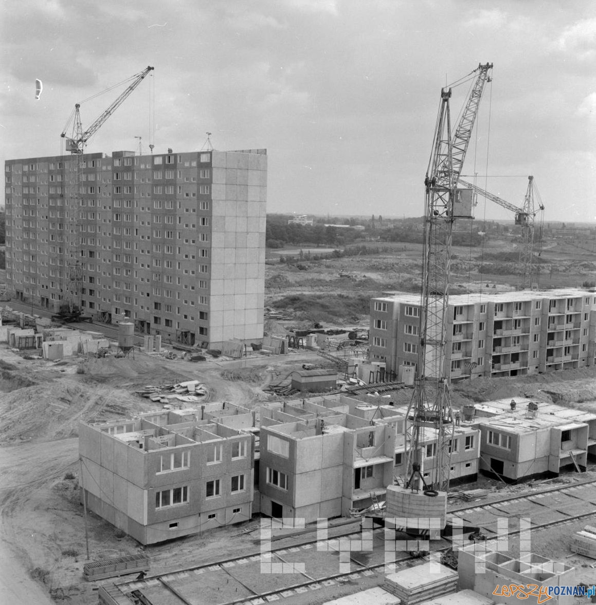 Budowa bloków na Osiedlu Kopernika 1976  Foto: St. Wiktor - Cyryl
