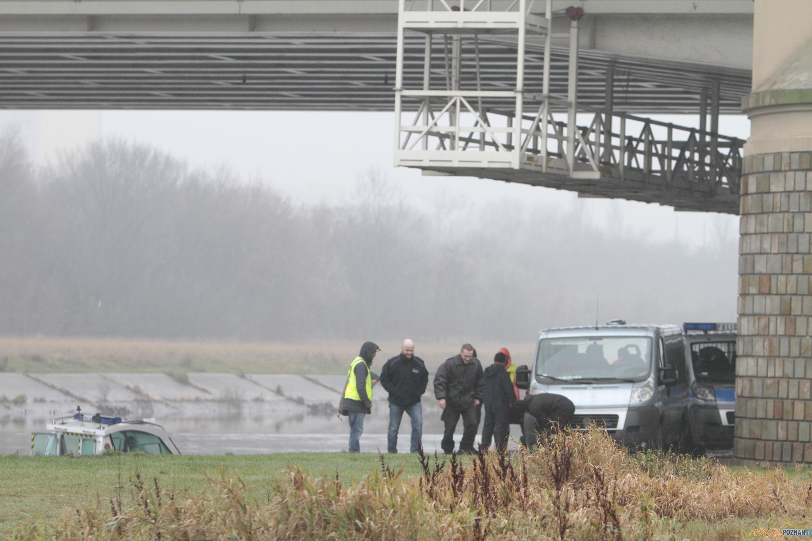 Trwają intensywne poszukiwania ciała Ewy  Foto: lepszyPOZNAN / Pawel Rychter