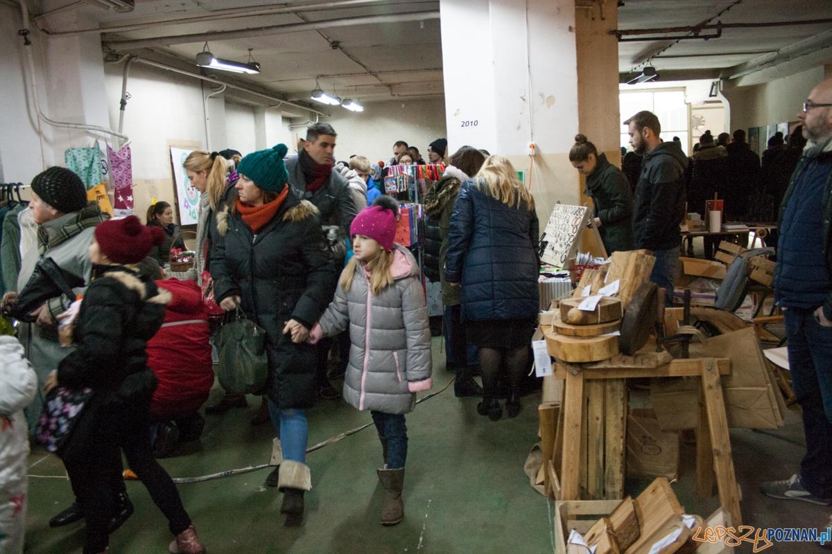 Świąteczny Market Jeżyce (12.12.2015)  Foto: © lepszyPOZNAN.pl / Karolina Kiraga