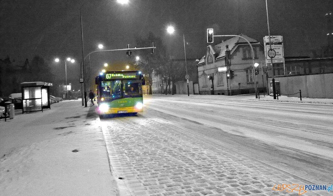 Autobus zima  Foto: Tomasz Dworek