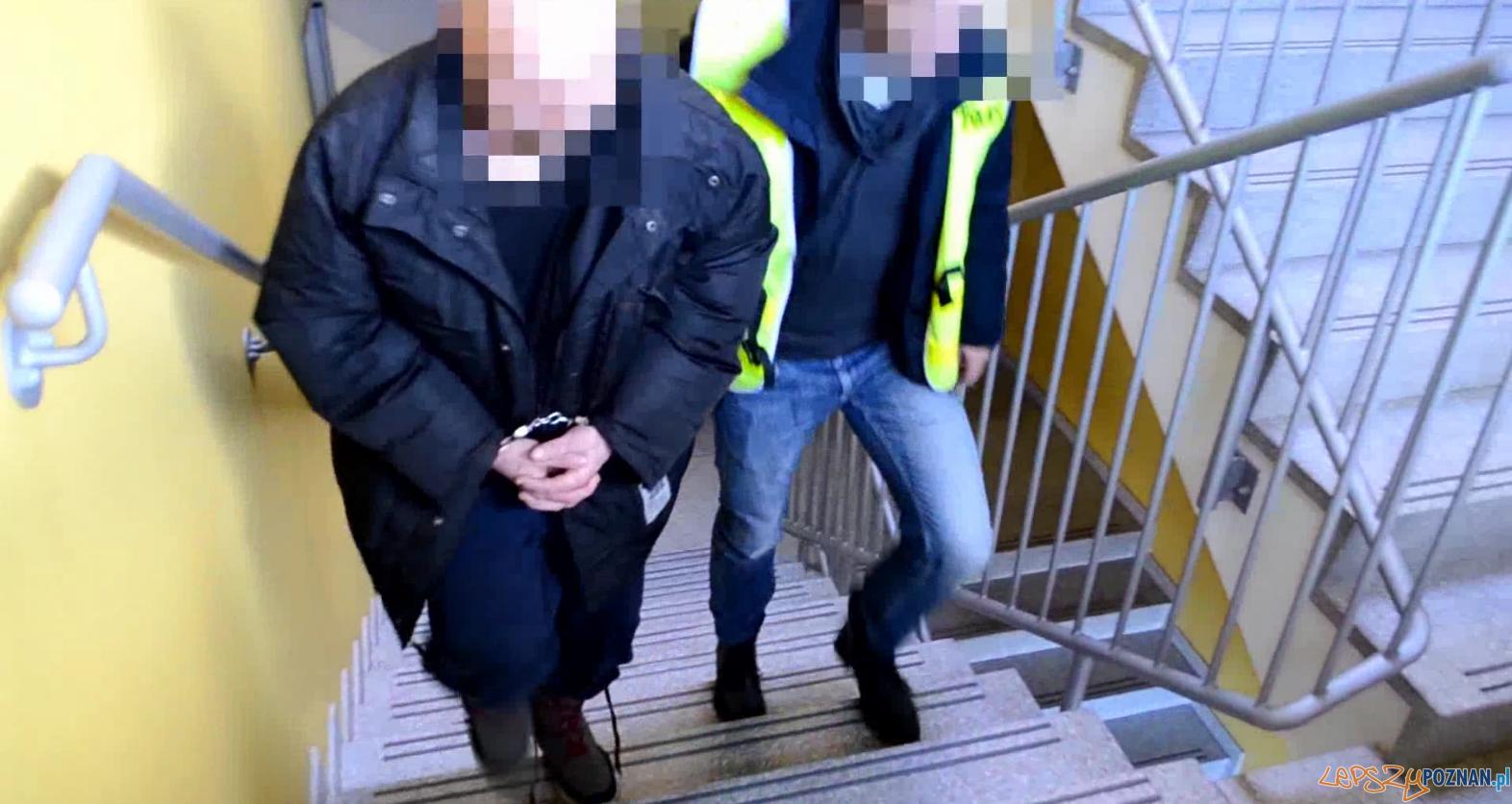 Wyłudzał bejmy od staruszków udając agenta CBŚ  Foto: KWP w Poznaniu