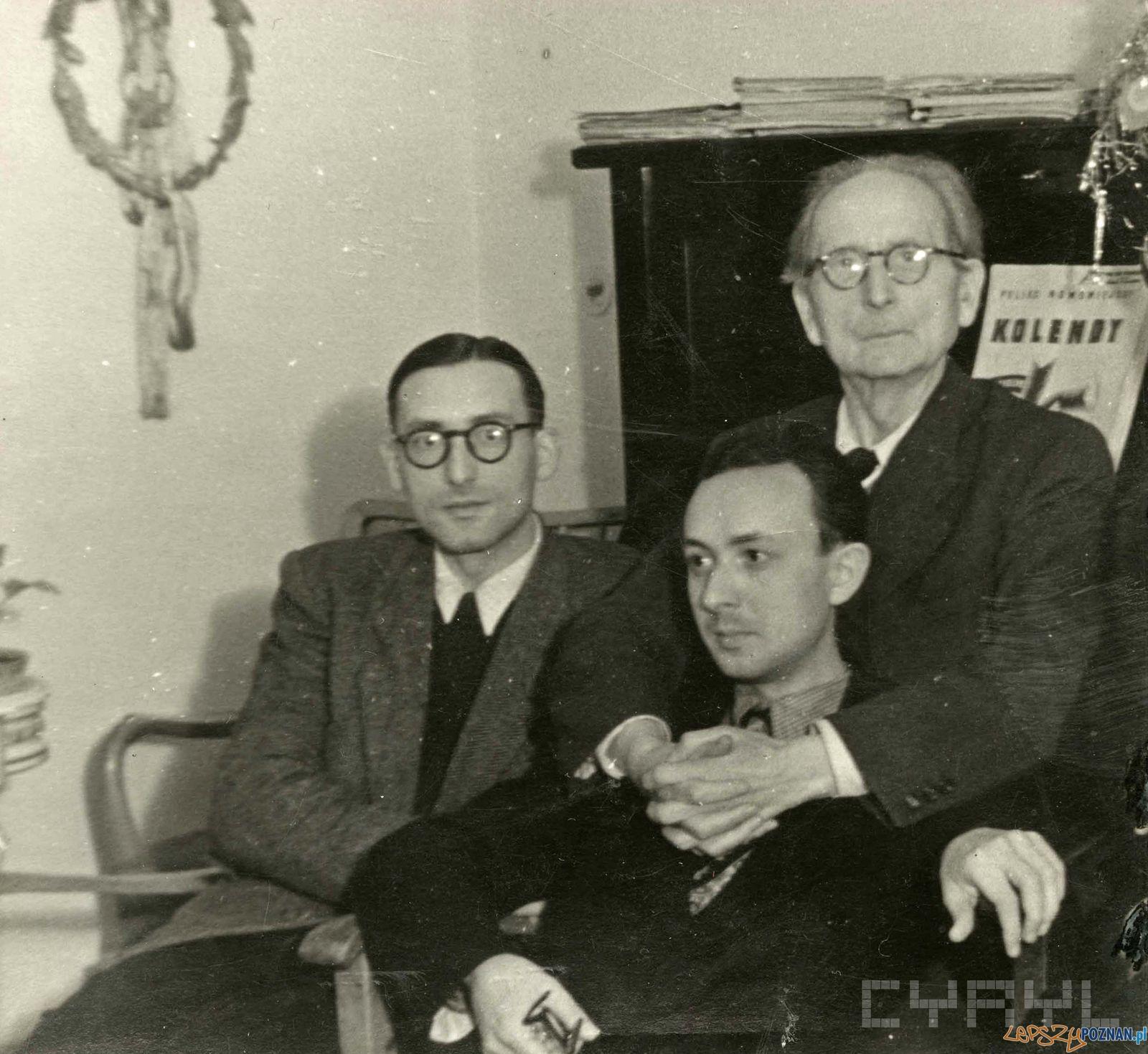 Nowowiejski z synami - rok 1946  Foto: Archiwum Nowowiejskich / Cyryl