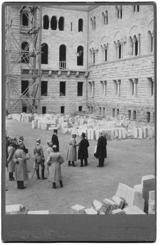 Budowa zamku w Pozananiu - wizyta cesarza  Foto: Archiwum CK Zamek