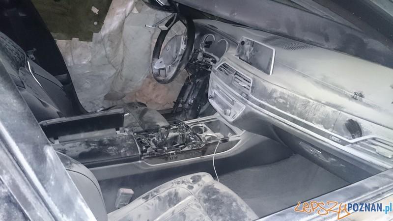 Odzyskano skradzione samochody (w częściach)  Foto: KWP w Poznaniu