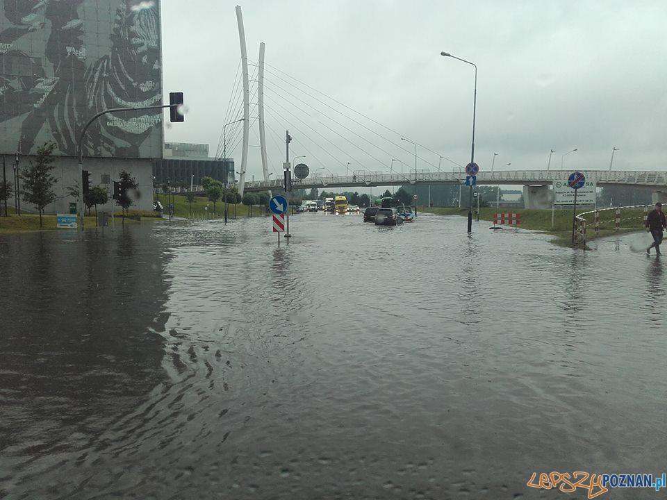 Lało ja z cebra - wuchta ulic zalana  Foto: Euro Hol