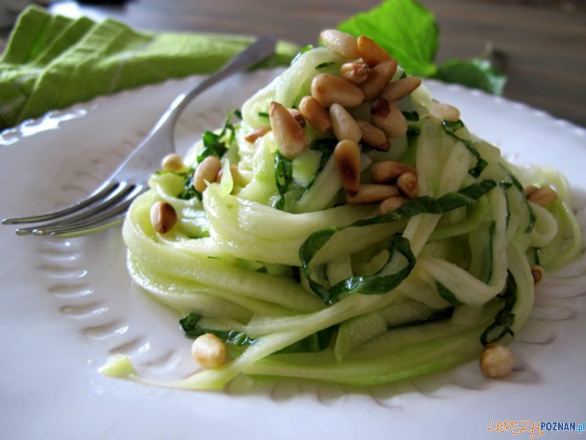 Na obiad polecamy warzywne spaghetti  Foto: chilifiga.pl