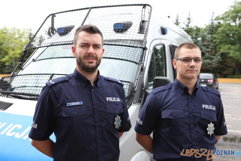 Sierżant Marcin Hoffmann i post. Arkadiusz Burakowski  Foto: KWP w Poznaniu