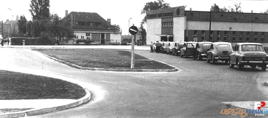Dworzec PKS 1960-65  Foto: fotopolska.eu