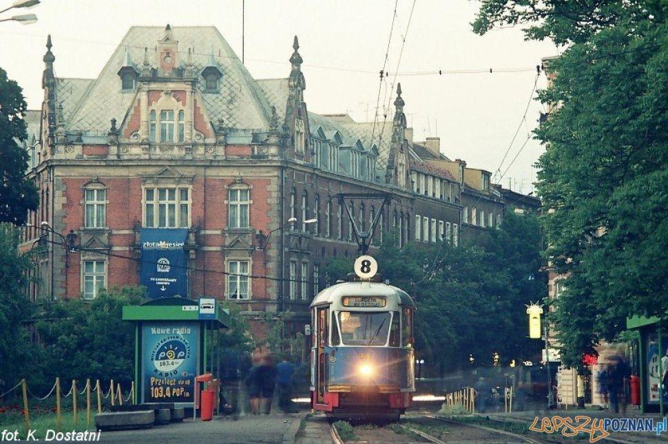 Tramwaj na Placu Ratajskiego - rok 1999  Foto: Krzysztof Dostatni KMPS / MPK