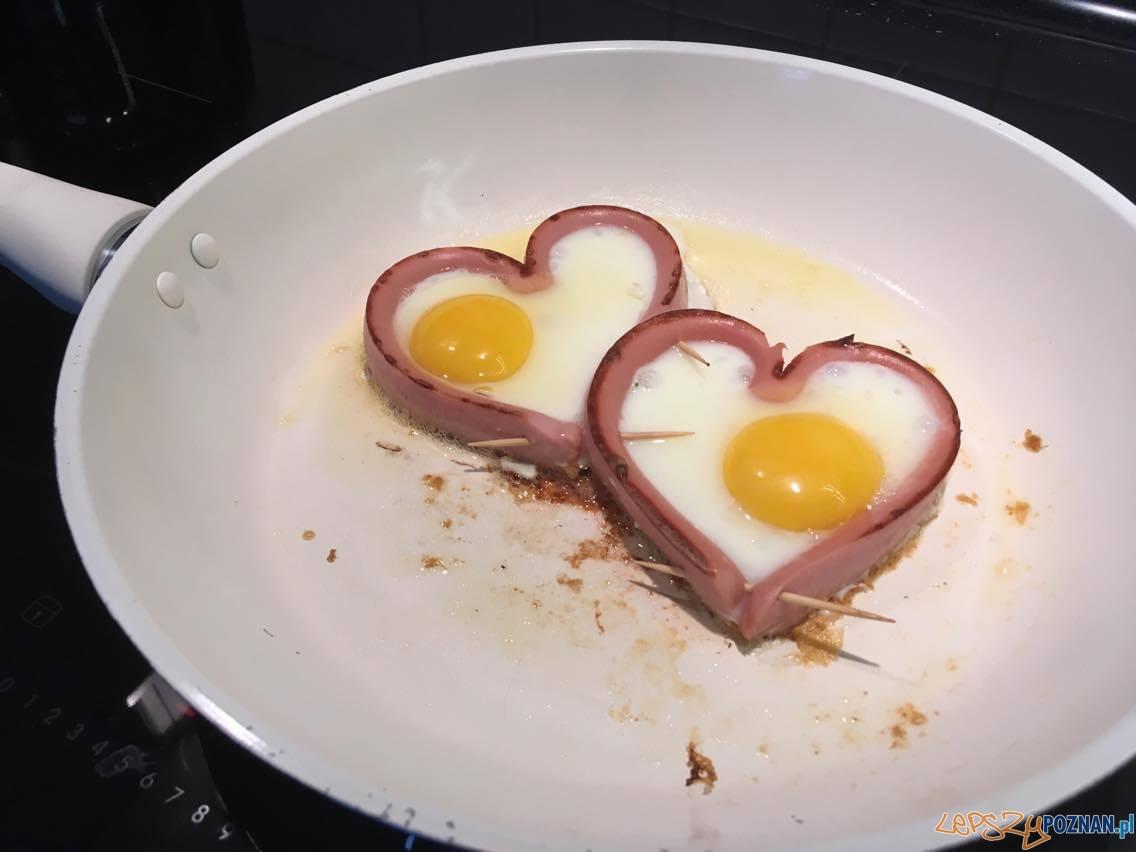 Jajecznica od serca  Foto: Henryk