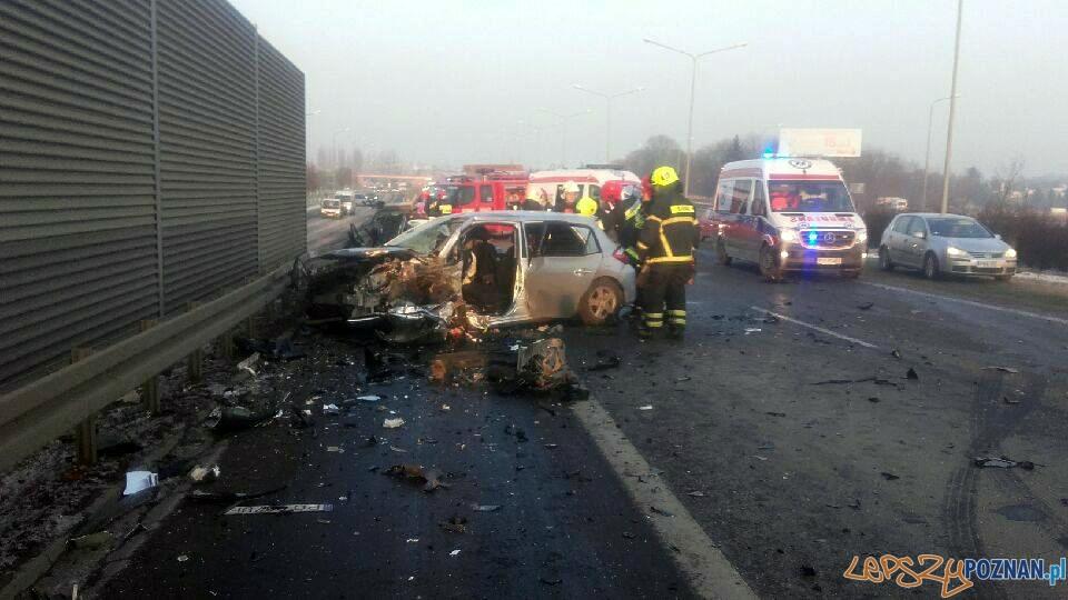 Wypadek na Głogowskiej  Foto: twitter / Kuba Szmyt
