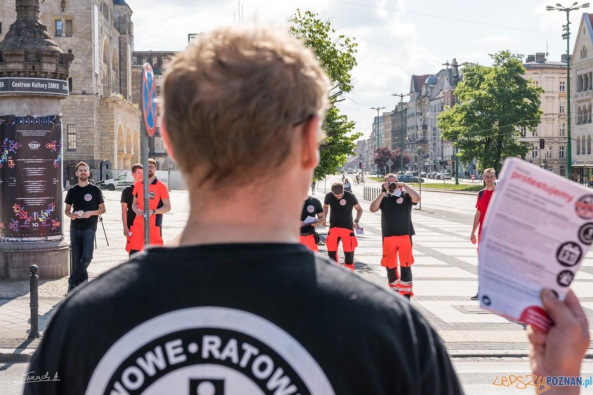 Protest ratowników medycznych (6)  Foto: ADAM SZACH