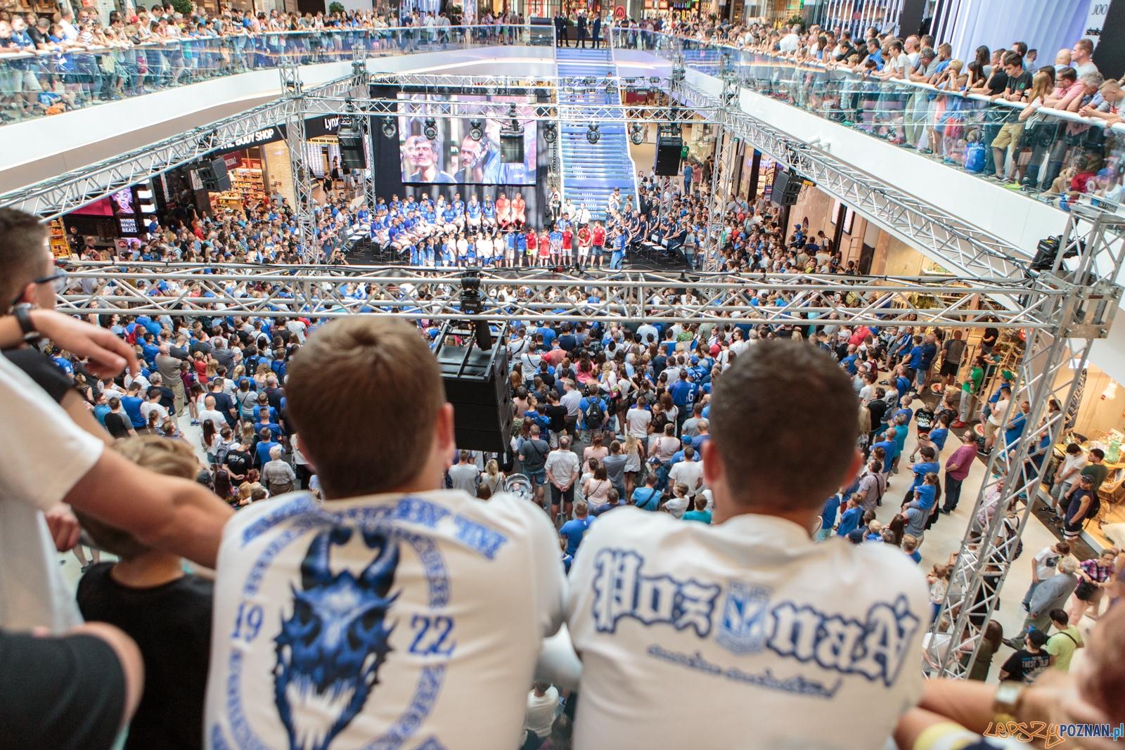 Prezentacja drużyny Lech Poznań przed sezonem 2017/18 - Pozna  Foto: LepszyPOZNAN.pl / Paweł Rychter