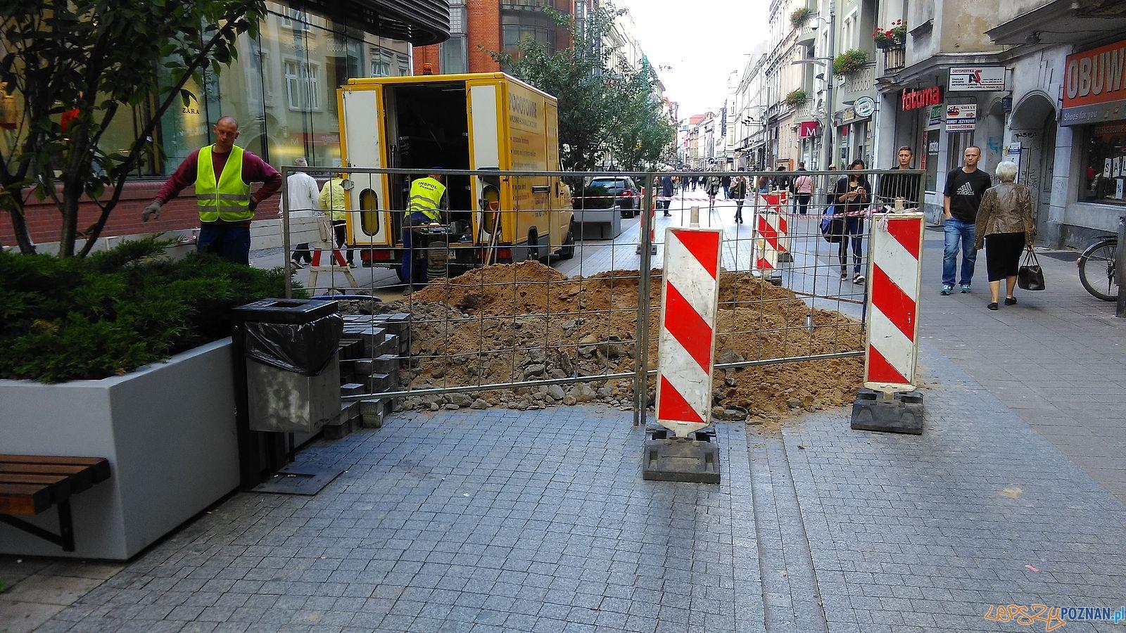 Półwiejska - tu będzie stała Caffe Bimba (2)  Foto: T. Dworek