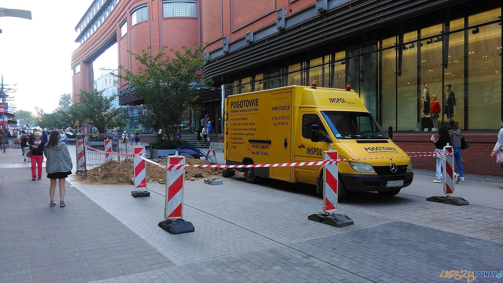 Półwiejska - tu będzie stała Caffe Bimba (1)  Foto: T. Dworek