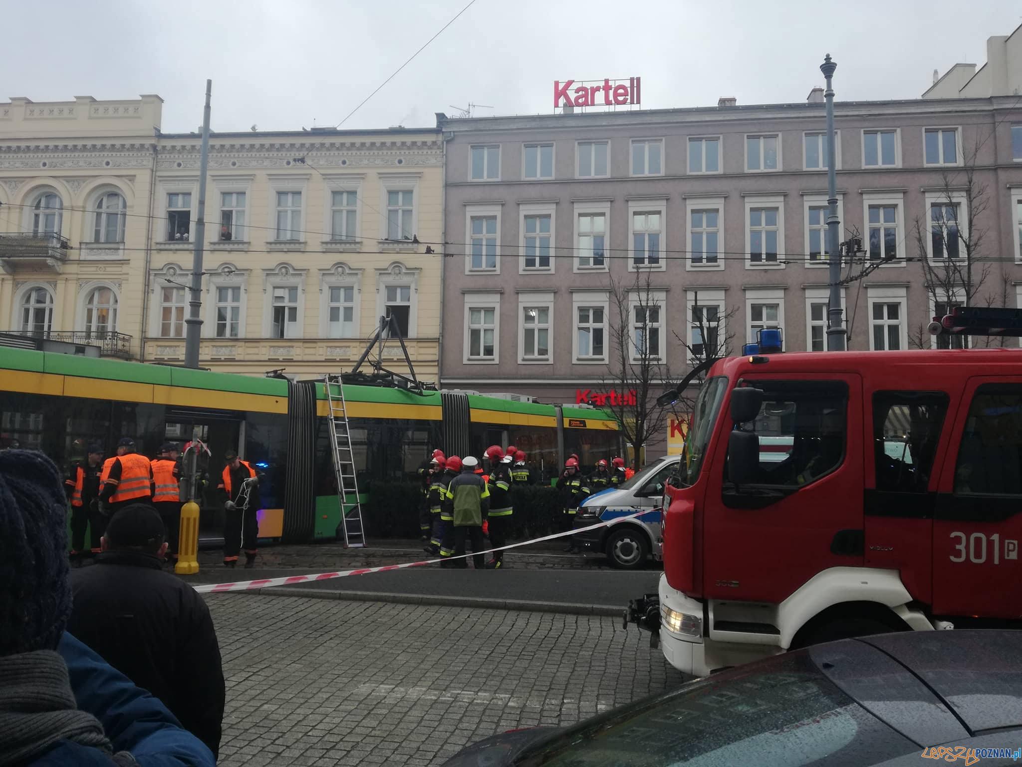 WYpadek na Marcinkowskiego  Foto: news@lepszypoznan.pl