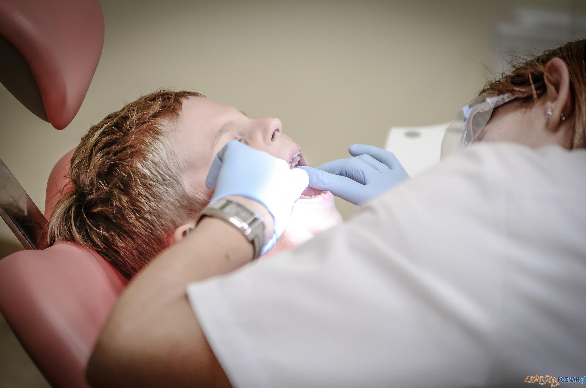Dentysta  Foto: jarmoluk / CC