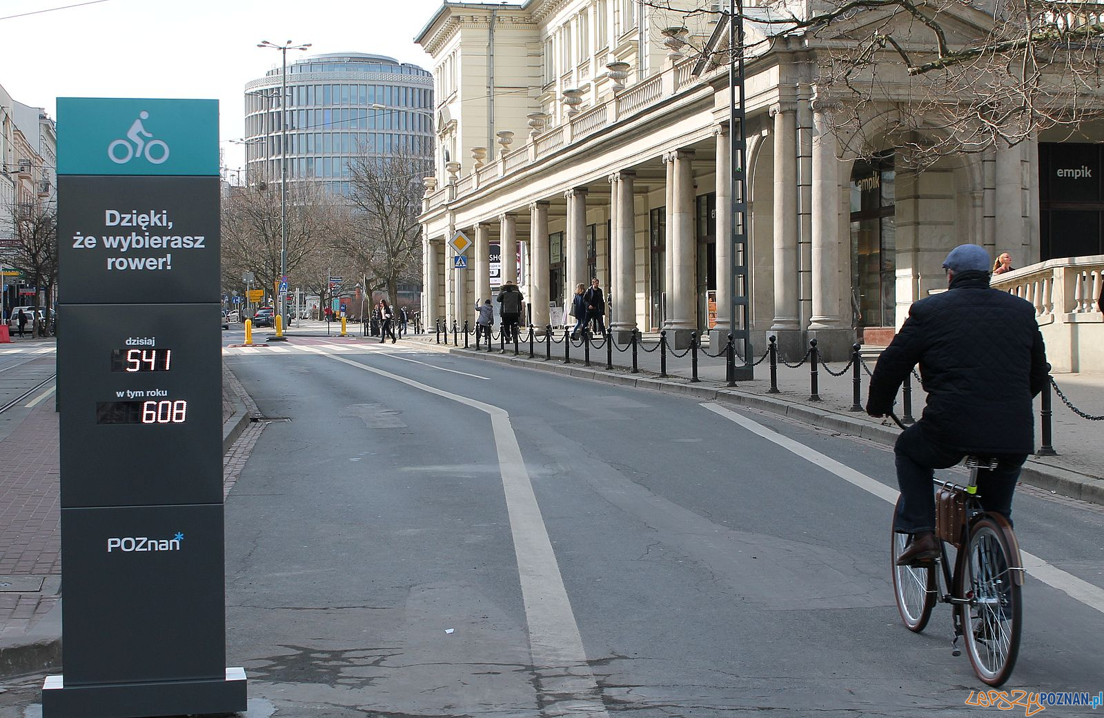 Licznik rowerowy przy Placu Wolności  Foto: Tomasz Dworek