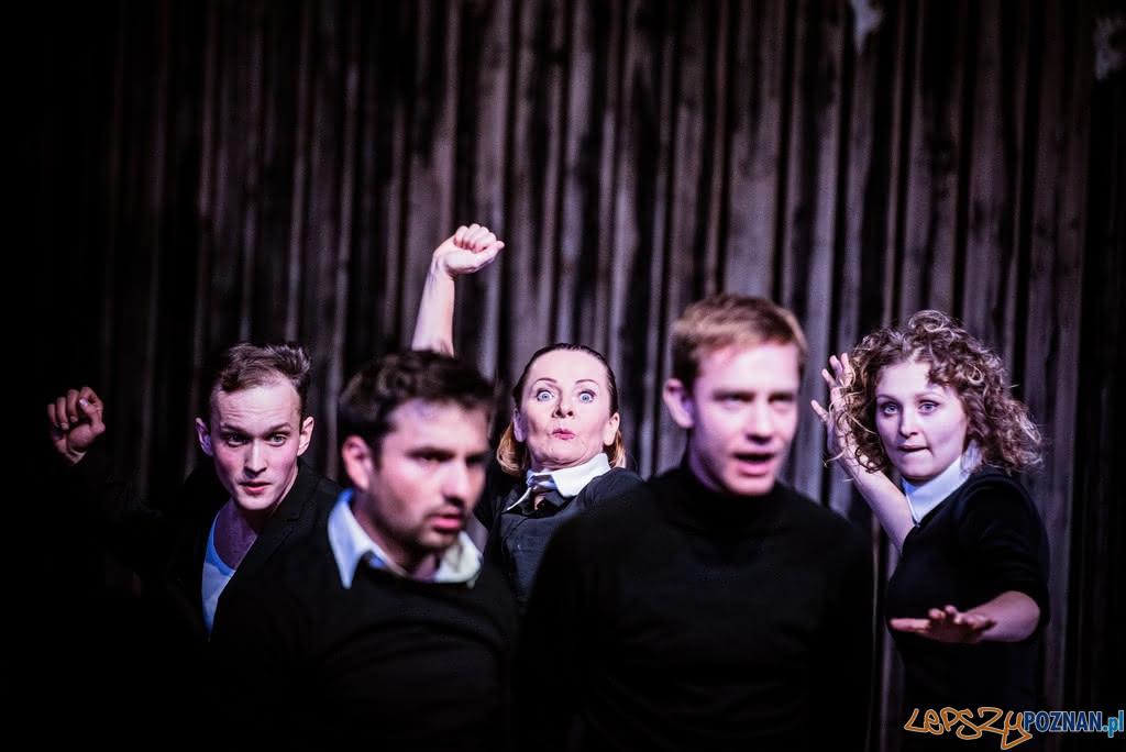 Ferdydurke w Teatrze Fredry w Gnieźnie  Foto: Dawid Stube / materiały Teatru Fredry