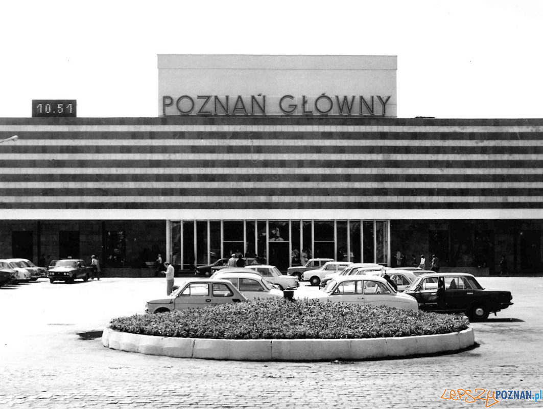 Dworzec PKP - 1976 Foto: Stanisław Wiktor / Kronika Miasta Poznania